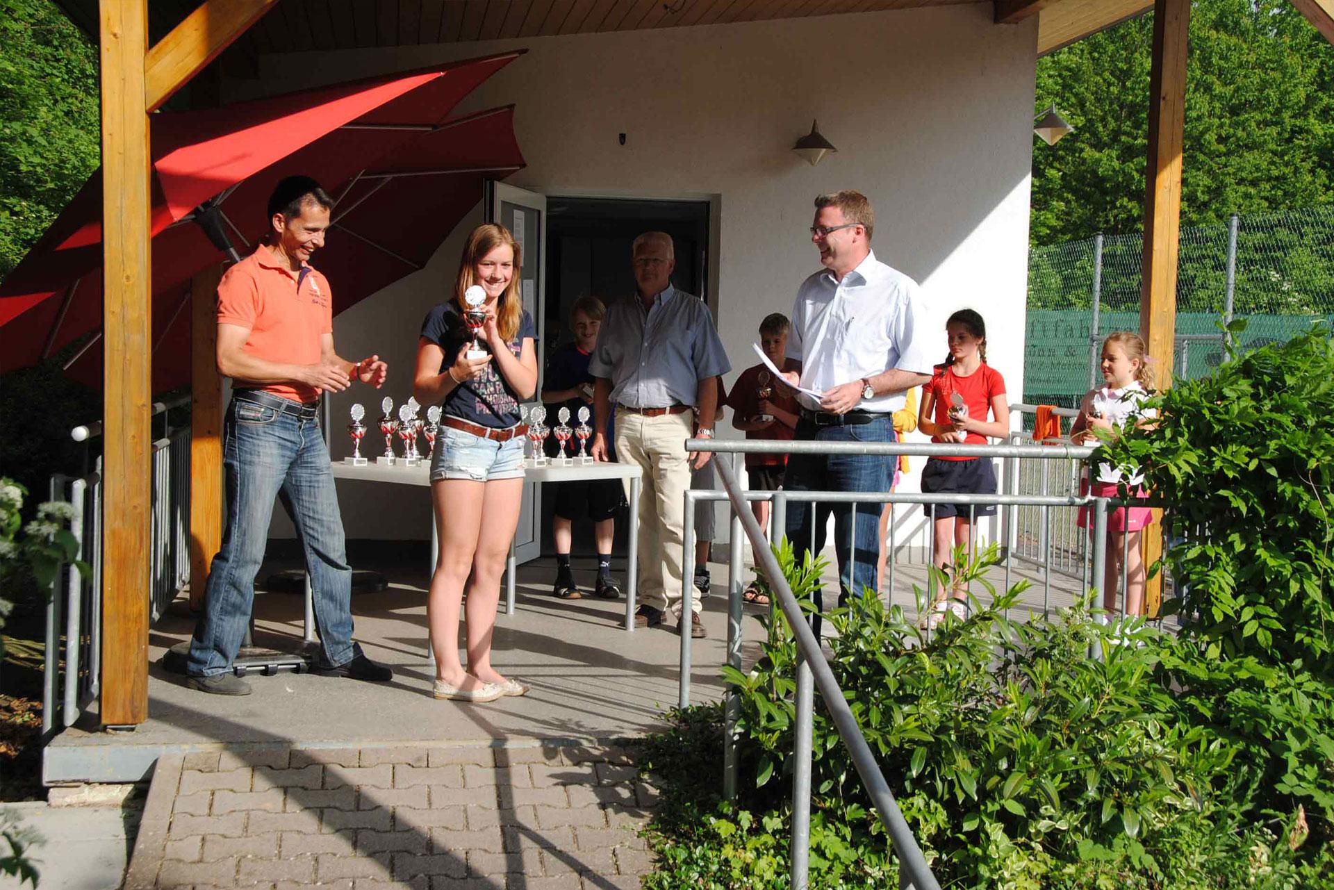 Siegerehrung - Tennisabteilung des TUS Gutenberg